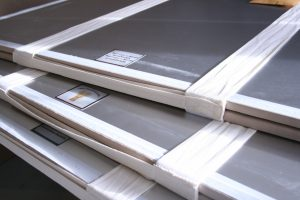 passive flat storage for historic antique banner flags or textiles, the textile is supported by laying on the mount